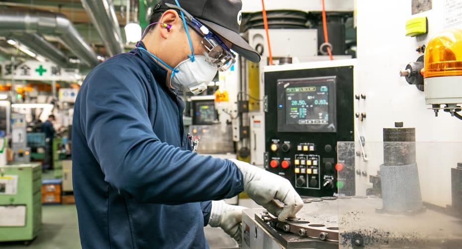 関 和豊  Kazutoyo Seki 製造 2011年入社